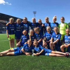 2007-09 tüdrukud Stadi Cupi B-finaali võitjad