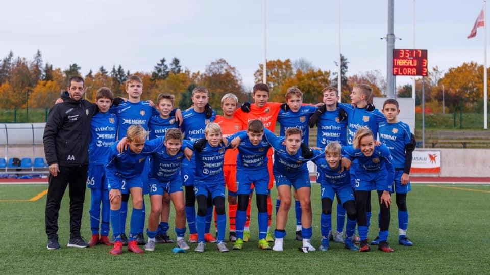 U14 sinise grupi poisid lõpetasid hooaja võiduga Flora üle